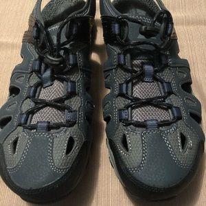 Mens Ozark Trail Closed Toe Sport Sandals SZ, 10.